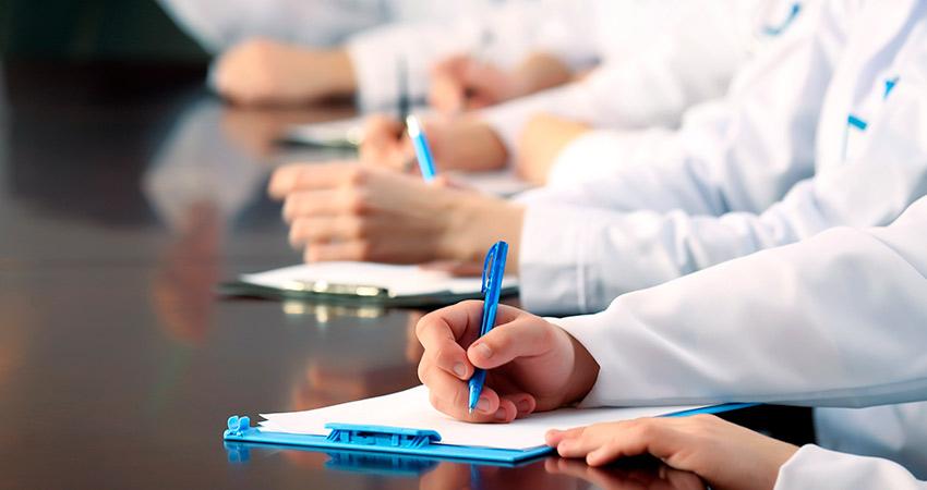 Directivas sanitarias que requieren la traducción farmacéutica