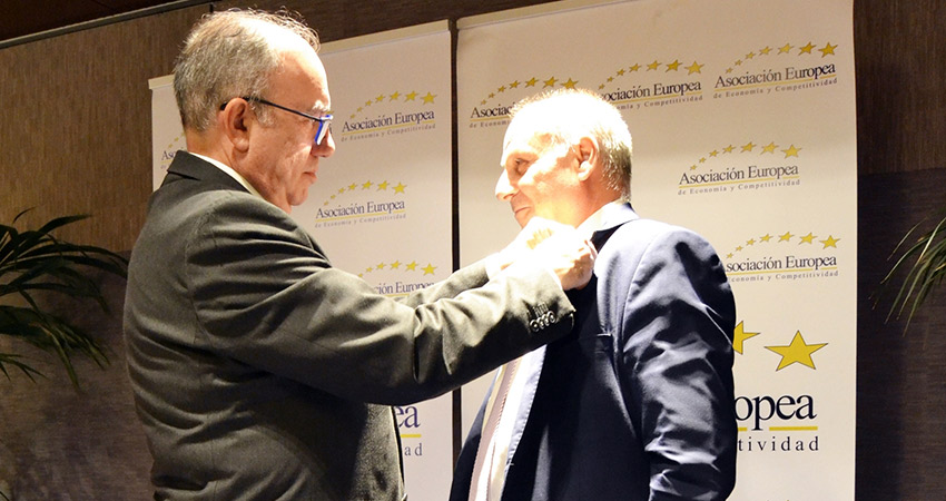 Linguaserve consigue la Medalla de Oro al Mérito en el Trabajo